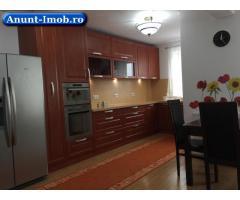 Anunturi Imobiliare Apartament de inchiriat 3 camere mobilat lux