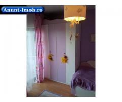 Inchiriez apartament 4 camere, et.3 din 4, s.p. 116mp, zona