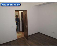 Vand 2 camere etaj intermediar, 1 minut de metrou Berceni