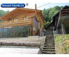 Cabana de lux pe malul lacului Tarnita, plaja 3