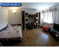 Anunturi Imobiliare Apartament decomandat cu 2 camere + garaj