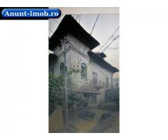Anunturi Imobiliare Vand vila cu 2  apartamente de 3 camere zona ultracentrala