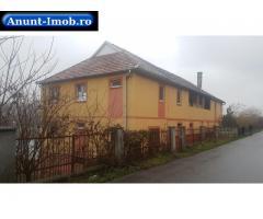 Anunturi Imobiliare Se vinde Castelul de pe malul Lacului Taga, judet Cluj