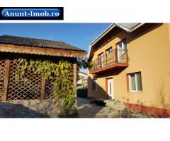 Anunturi Imobiliare Proprietar vând casă P+1 cu 1000 mp teren la 10 km de Bucure