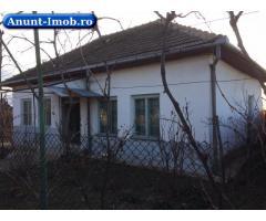 Anunturi Imobiliare Casă și teren în Vânju Mare pe stradă principală
