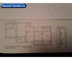 Apartament  4 camere de vânzare