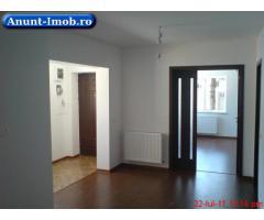 Anunturi Imobiliare casa singur curte, renovata, parcari multiple, acces facil