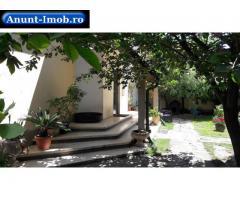 Anunturi Imobiliare Casă cocheta in zona centrala in Floresti