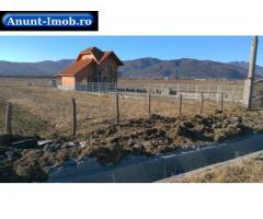 Anunturi Imobiliare Casa de vanzare in Ghirbom -2600 mp teren