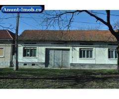 Anunturi Imobiliare casa de vinzare in Obreja cu curte si gradina